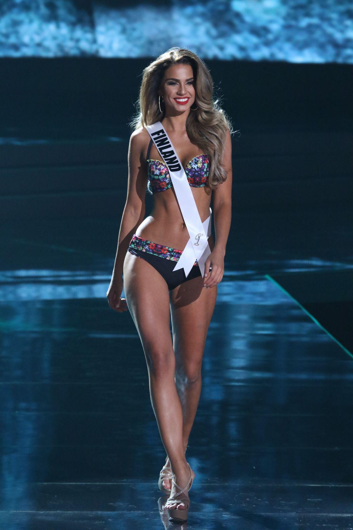 ROSA-MARIA RYYTI - Miss Universe 2015 Preliminary Round 12/16/2015