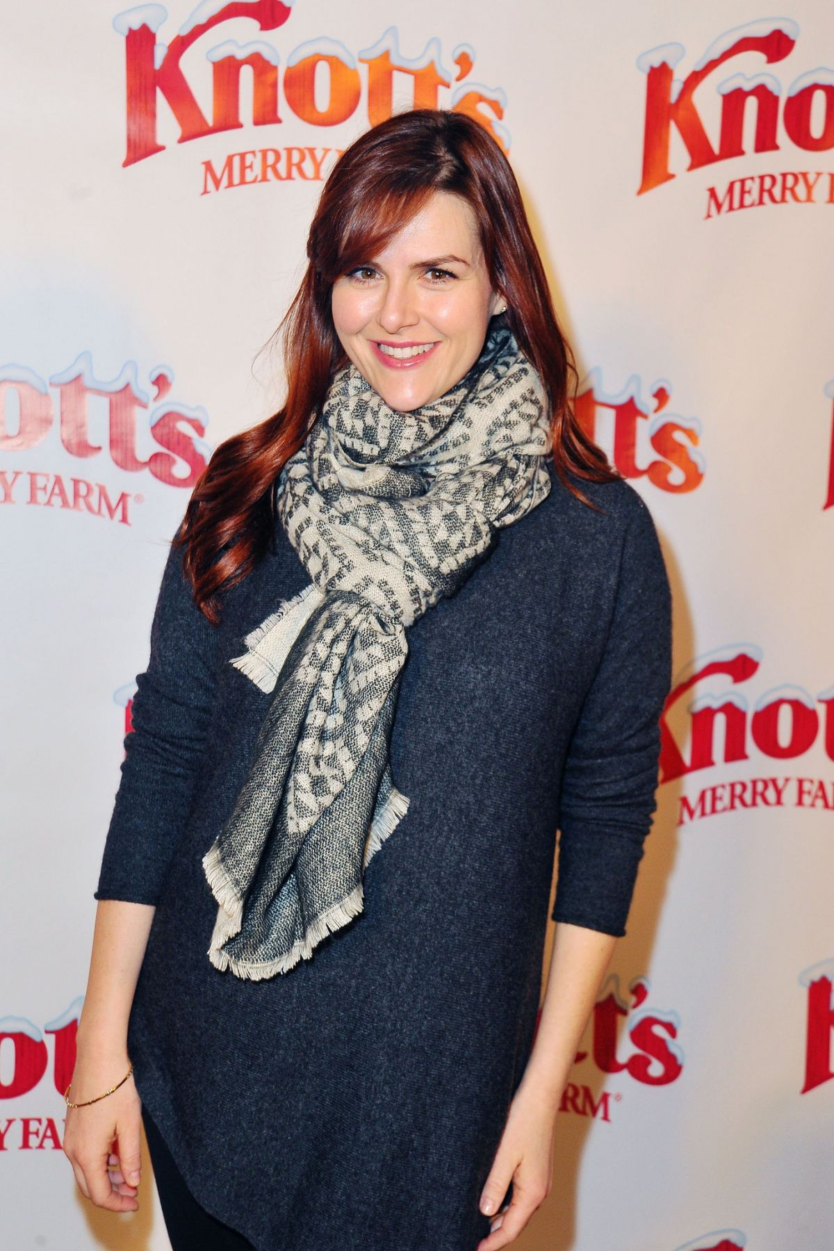 SARA RUE at Knott's Merry Farm Countdown to Christmas and Tree Lighting 12/05/2015