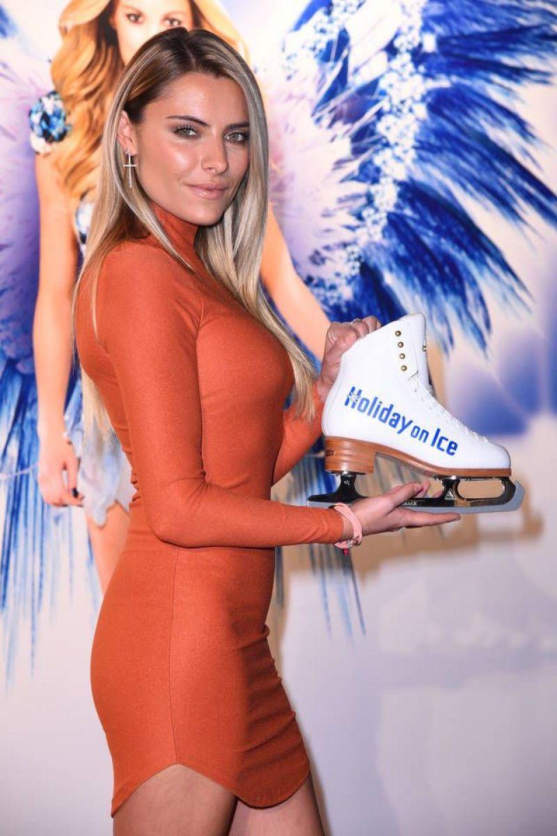 SOPHIA THOMALLA at Holiday on Ice Gala Stuttgart 12/10/2015