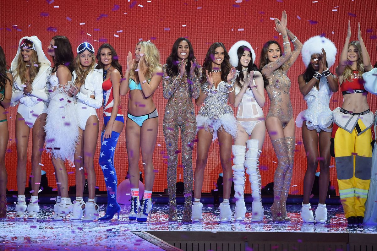 Victoria secrets fashion show pictures 84
