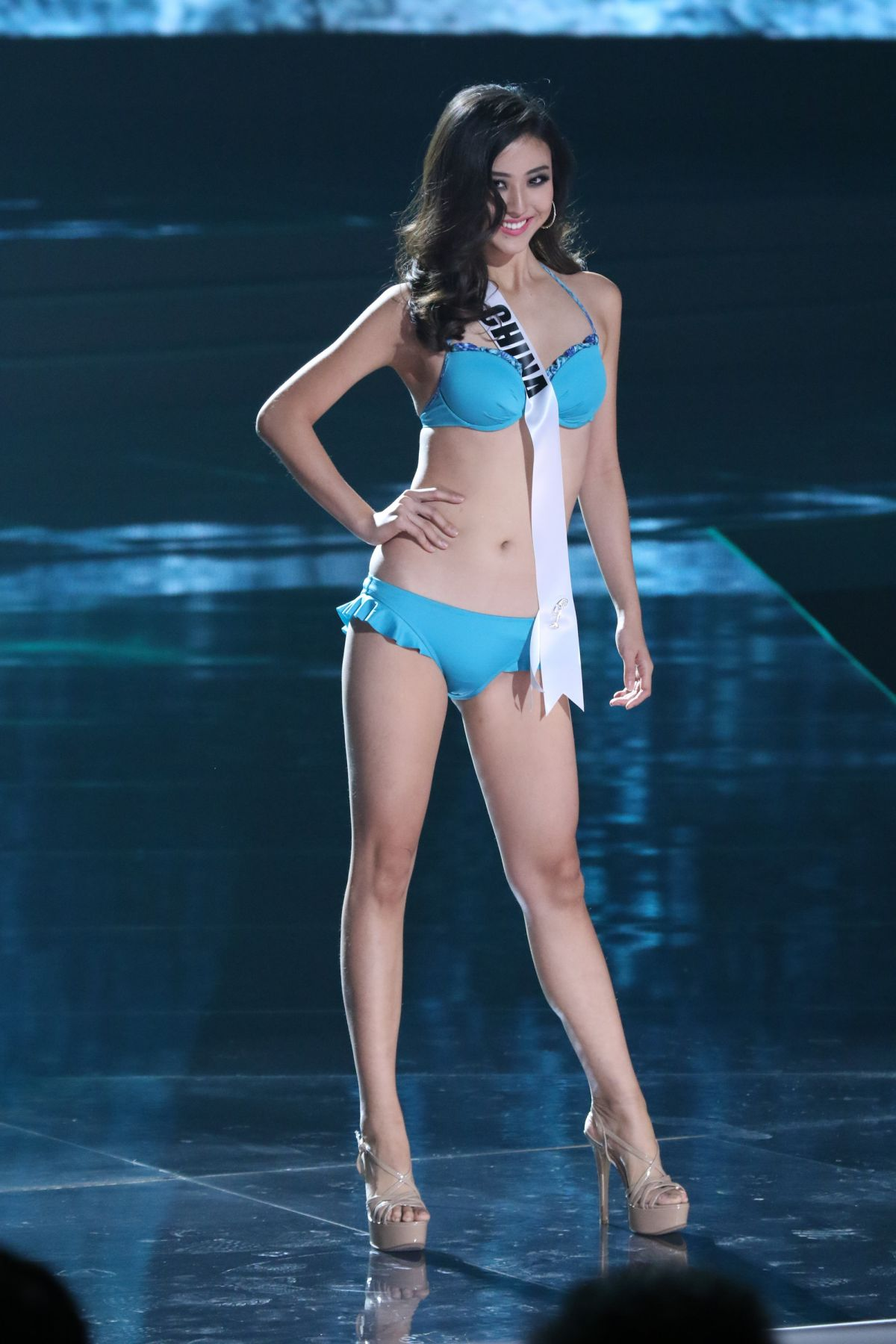 YUNG FANG XUE - Miss Universe 2015 Preliminary Round 12/16/2015