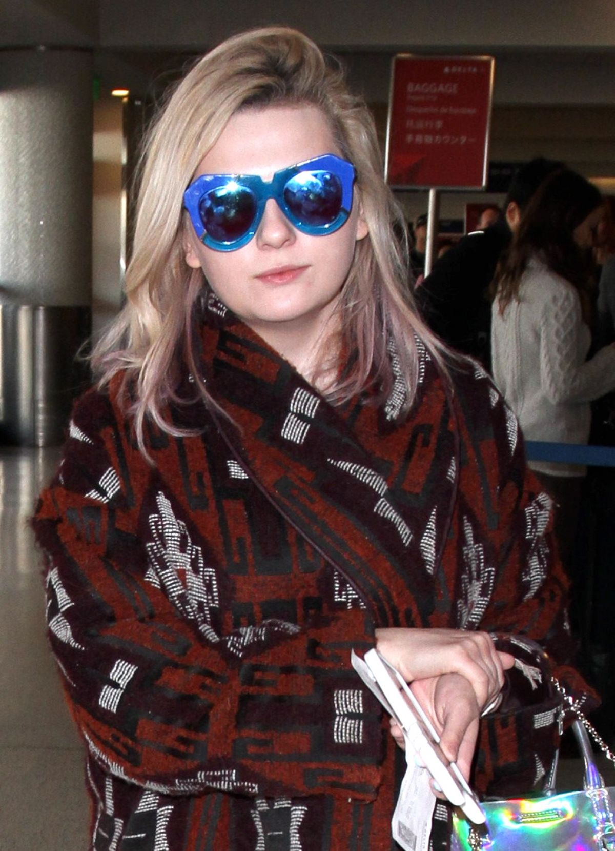 ABIGAIL BRESLIN at LAX Airport in Los Angeles 01/22/2016