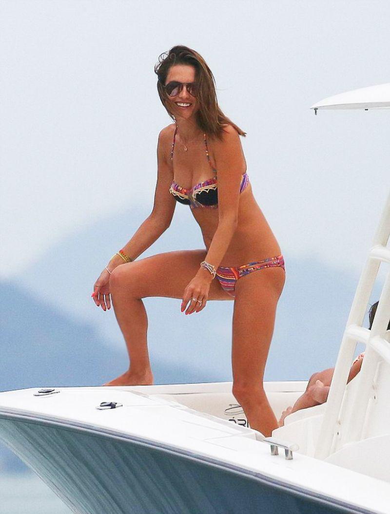 Alessandra Ambrosio in Bikini on Yacht in Florianopolis Pic 8 of 35