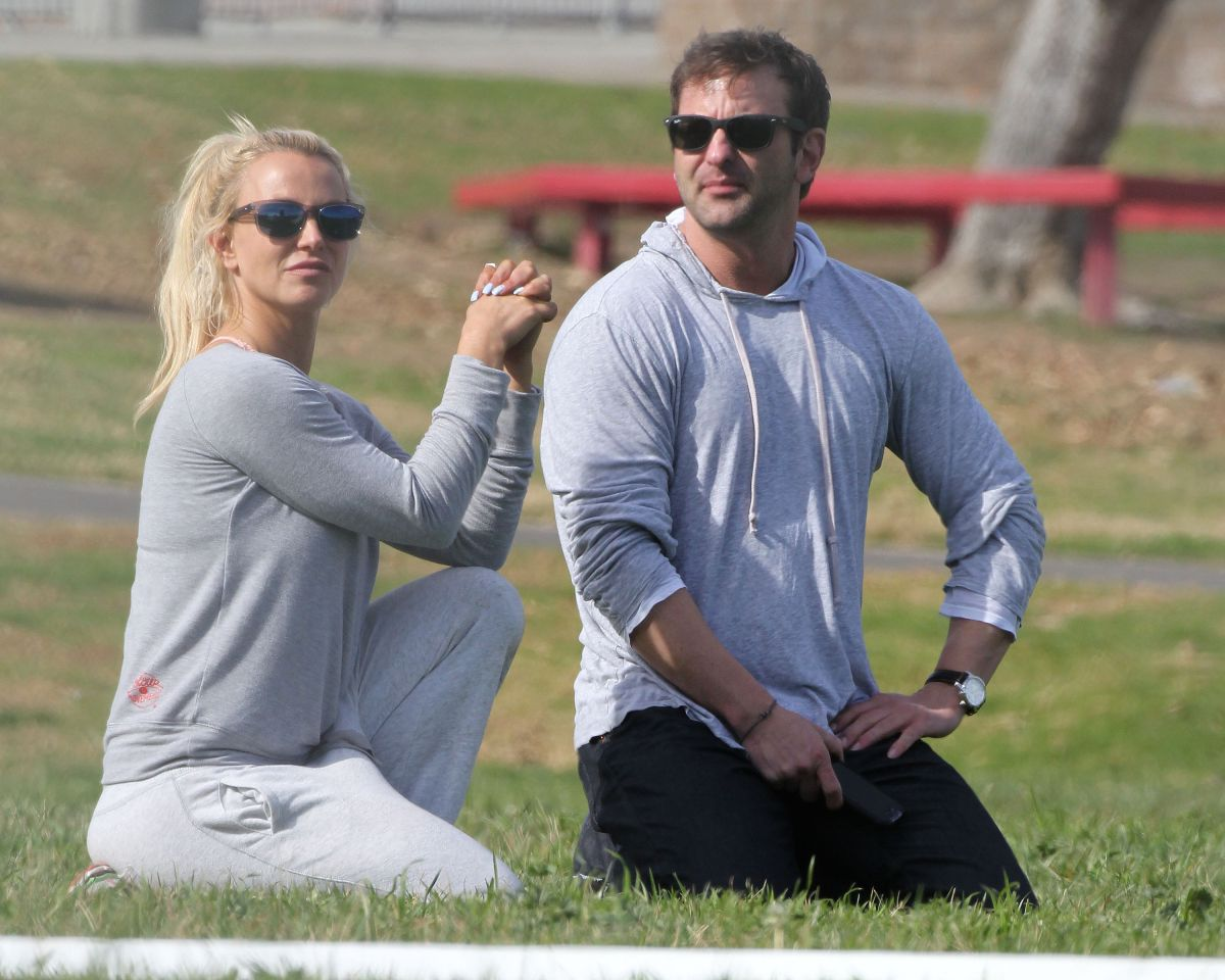 BRITNEY SPEARS and Her Brother Bryan at a Park in Los Angeles 01/23/2016