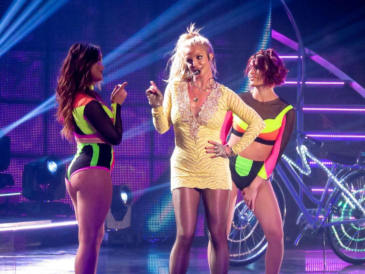 Britney Spears Las Vegas Dates 2016