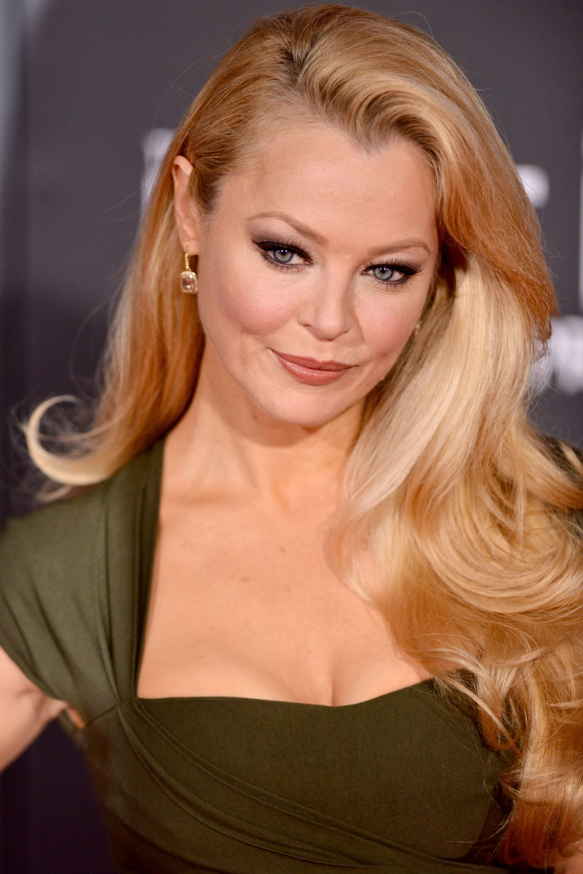 Charlotte Ross arrow