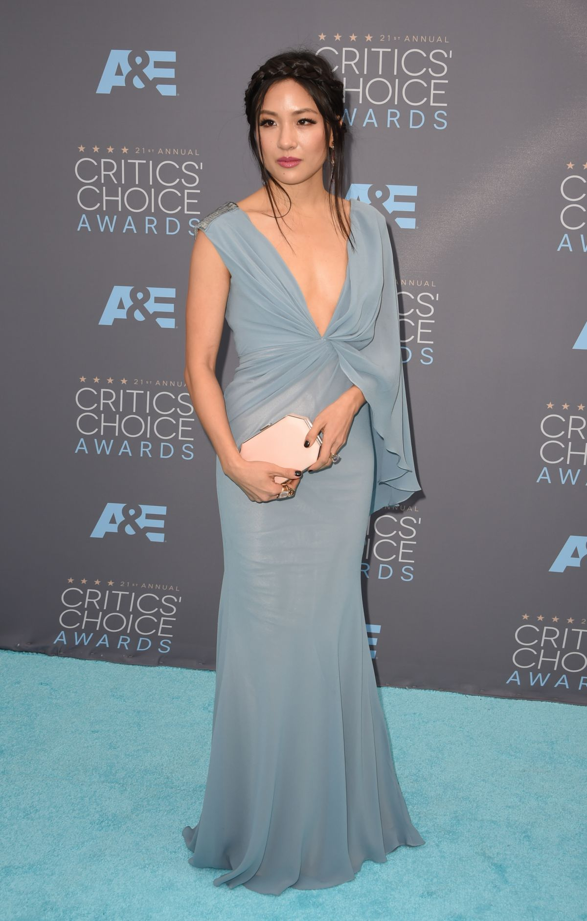 https://www.hawtcelebs.com/wp-content/uploads/2016/01/constance-wu-at-critics-s-choice-awards-2016-in-santa-monica-01-17-2016_1.jpg