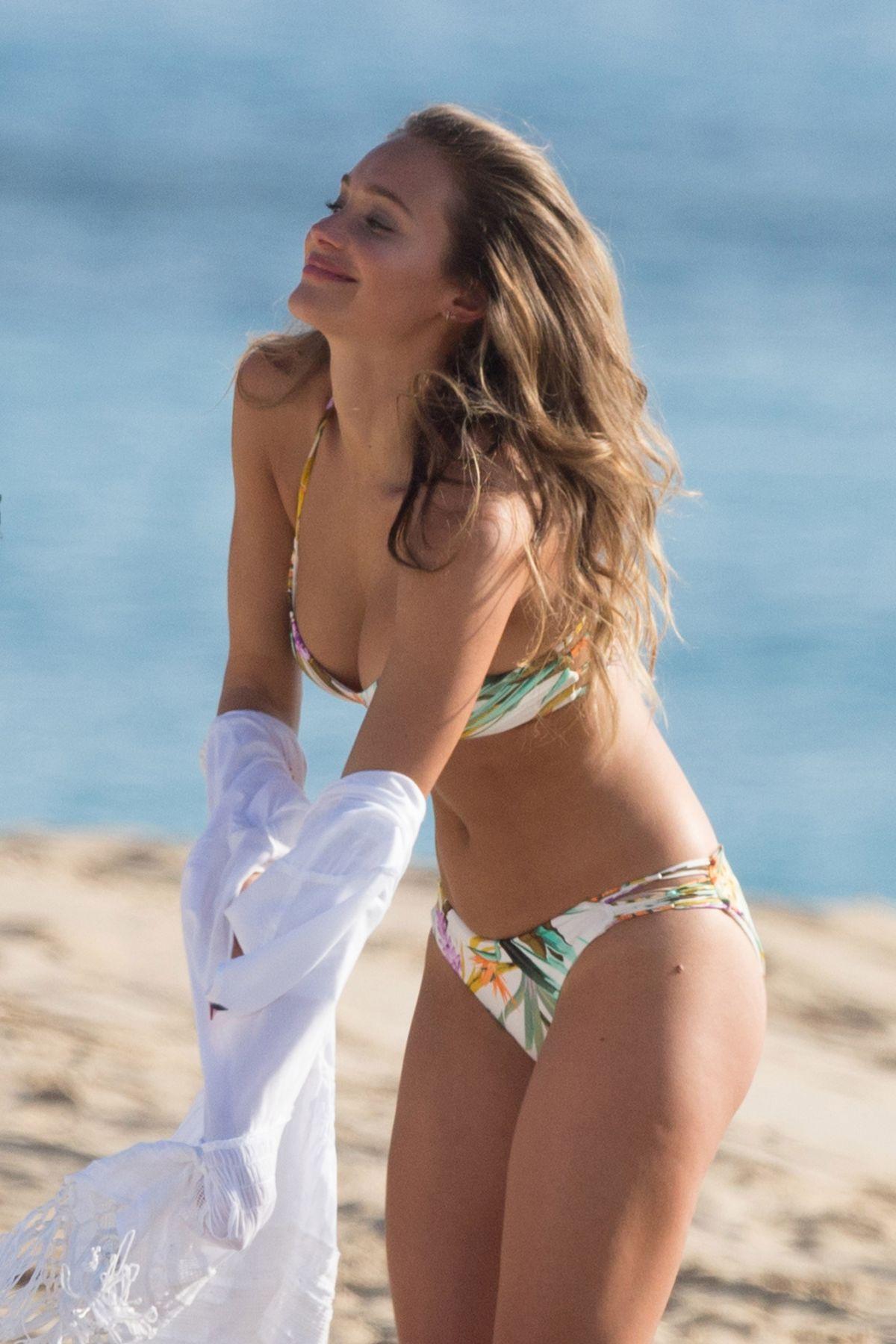 Bikini Hannah Davis nude (23 photos), Topless, Cleavage, Feet, bra 2006
