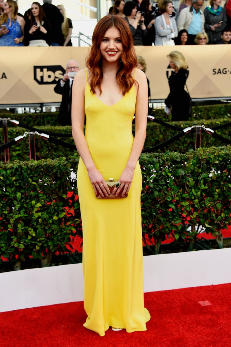 HANNAH MURRAY at Screen Actors Guild Awards 2016 in Los Angeles 01/30/2016