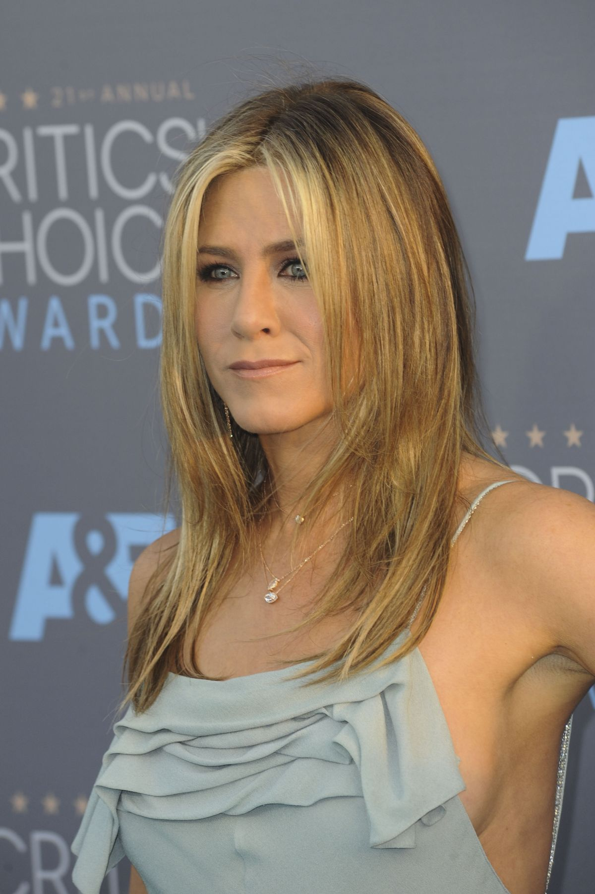 JENNIFER ANISTON at Critics's Choice Awards 2016 in Santa Monica 01 ... Jennifer Aniston