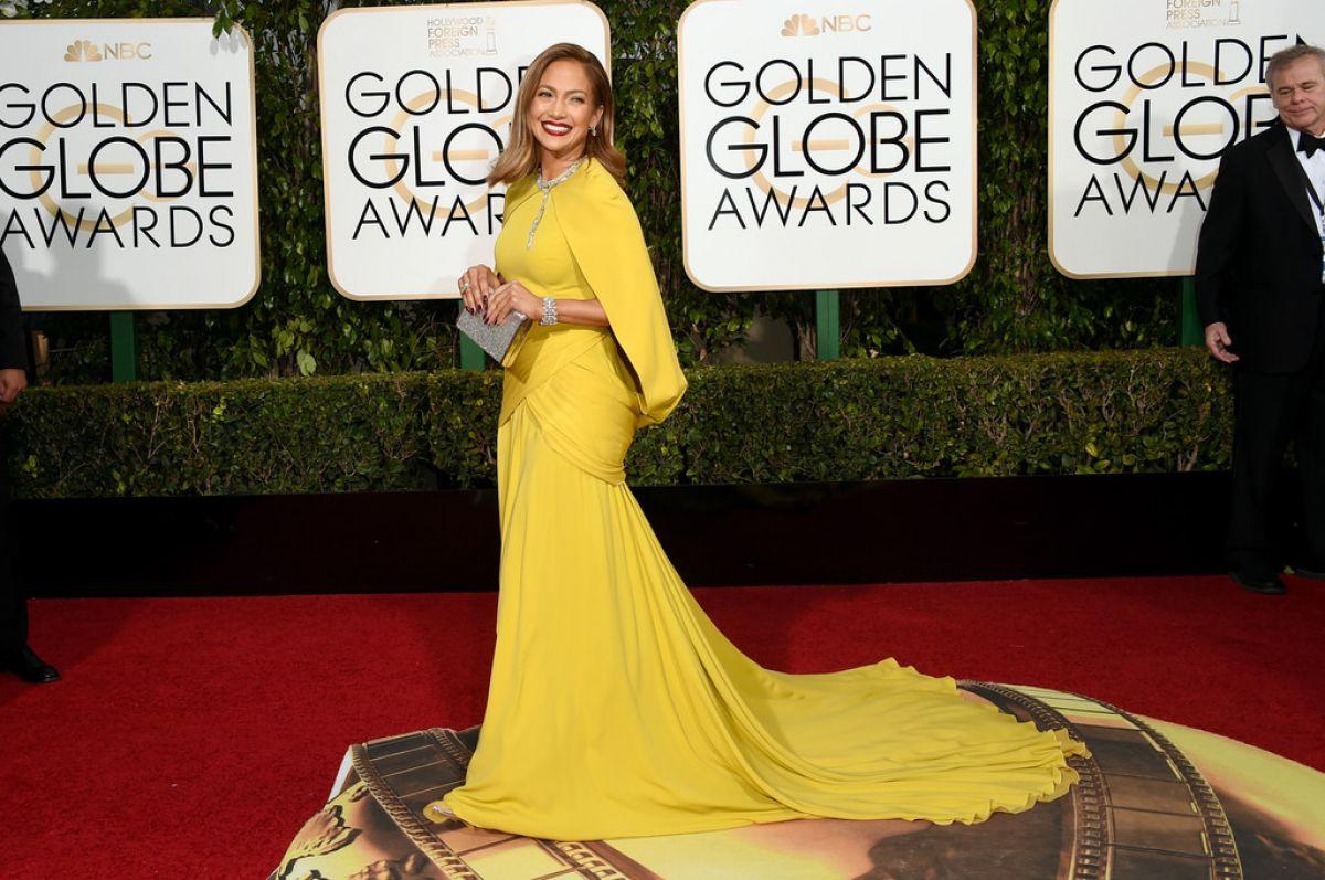 JENNIFER LOPEZ at 73rd Annual Golden Globe Awards in Beverly Hills 10 ...
