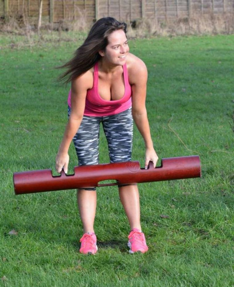 KAREN DANCZUK in Tights Working Out at a Park 12/31/2015