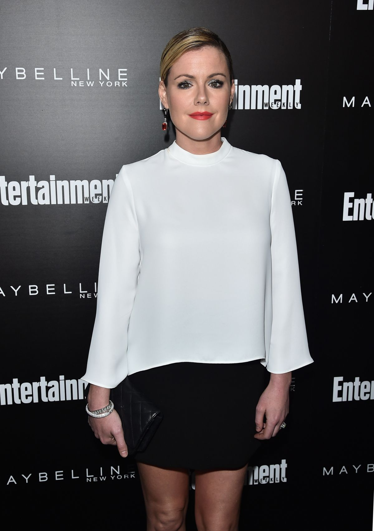 KATHLEEN ROBERTSON at EW Celebration Honoring the Screen Actors Guild Awards Nominees in Los Angeles 01/29/2016