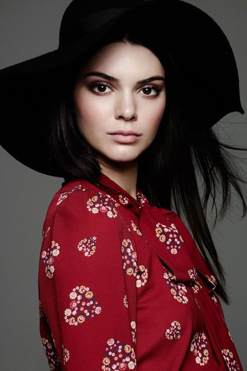 Kendall Jenner Caviar Kaspia Dinner After Pharmacy Stop: KENDALL JENNER For Thai Fashion Retailer CPS Chaps Spring