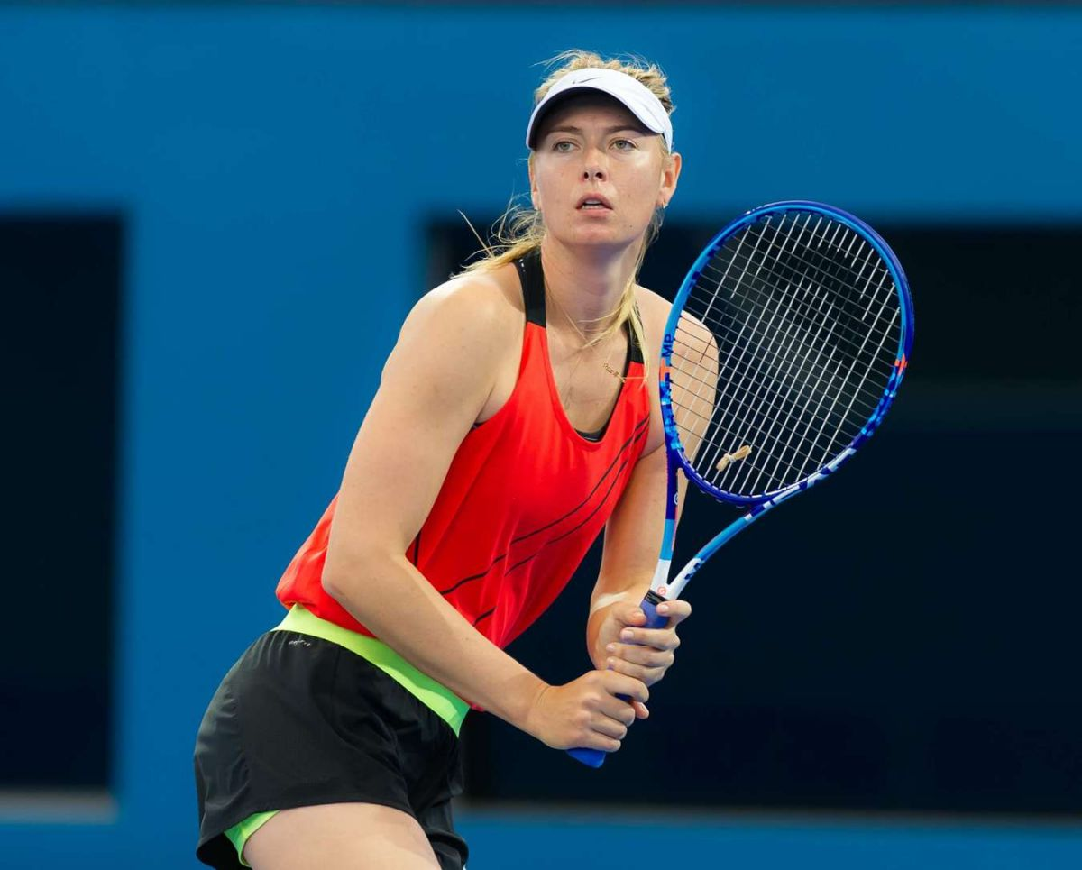 http://www.hawtcelebs.com/wp-content/uploads/2016/01/maria-sharapova-at-training-session-in-brisbane-01-02-2016_1.jpg