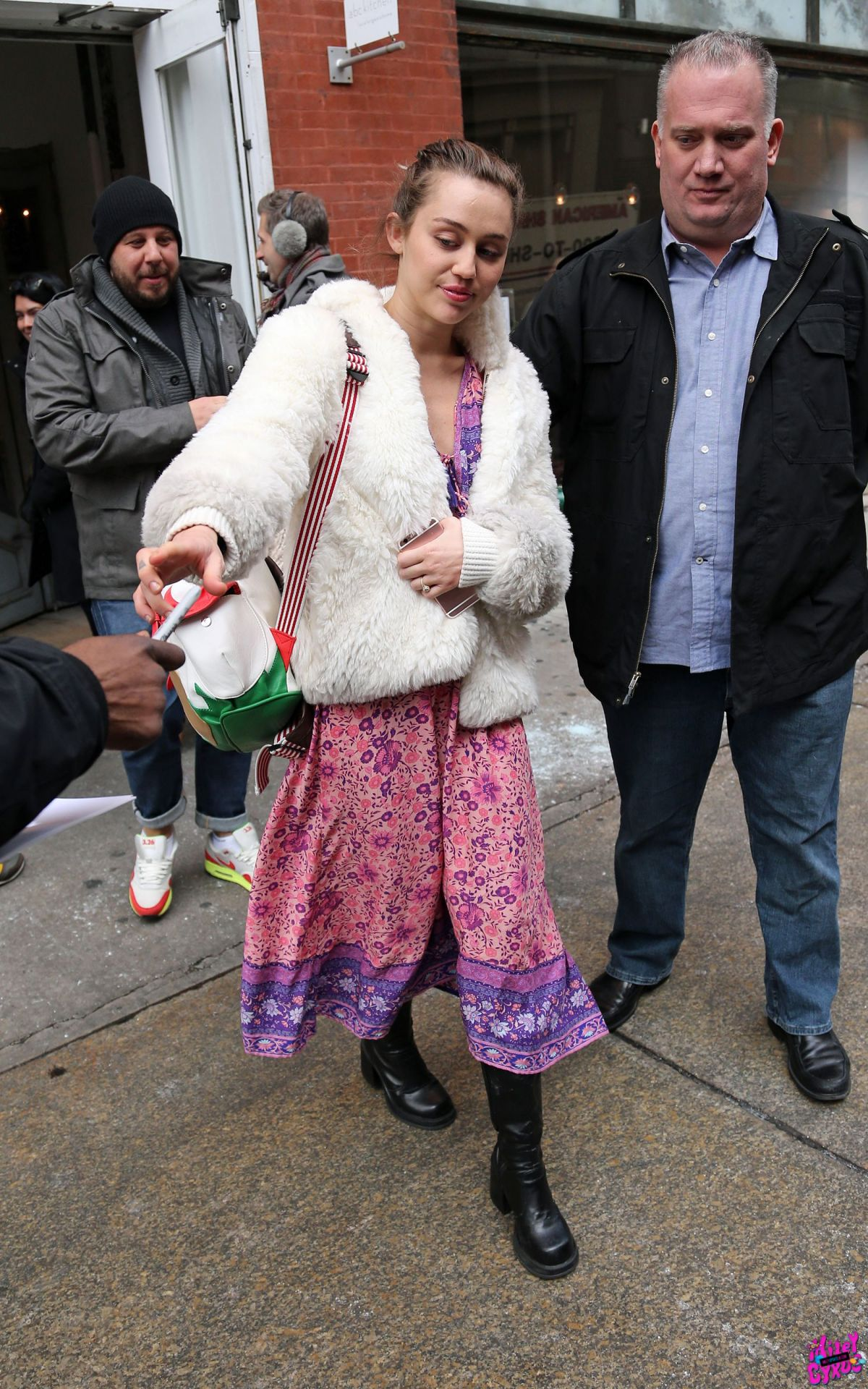 MILEY CYRUS Leaves ABC Kitchen in New York 01/18/2016