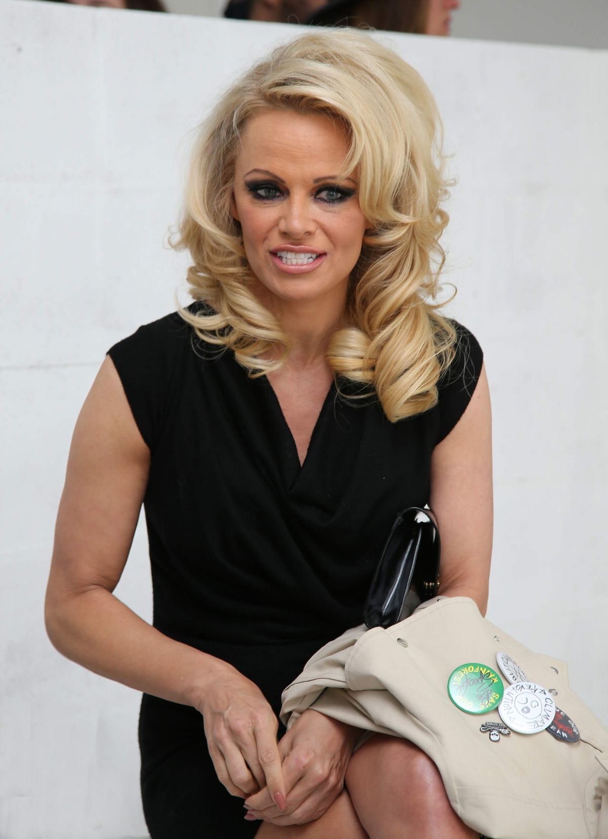 pamela anderson at amelie pichard x pamela anderson shoe collection launch 01 21 201 hawtcelebs. Black Bedroom Furniture Sets. Home Design Ideas