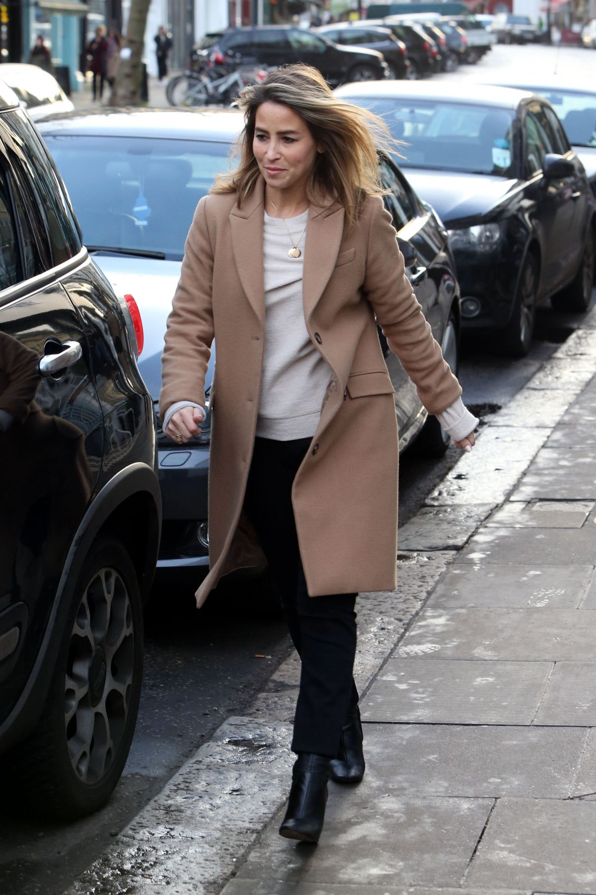 RACHEL STEVENS Out for Shopping in North London 01/23/2016