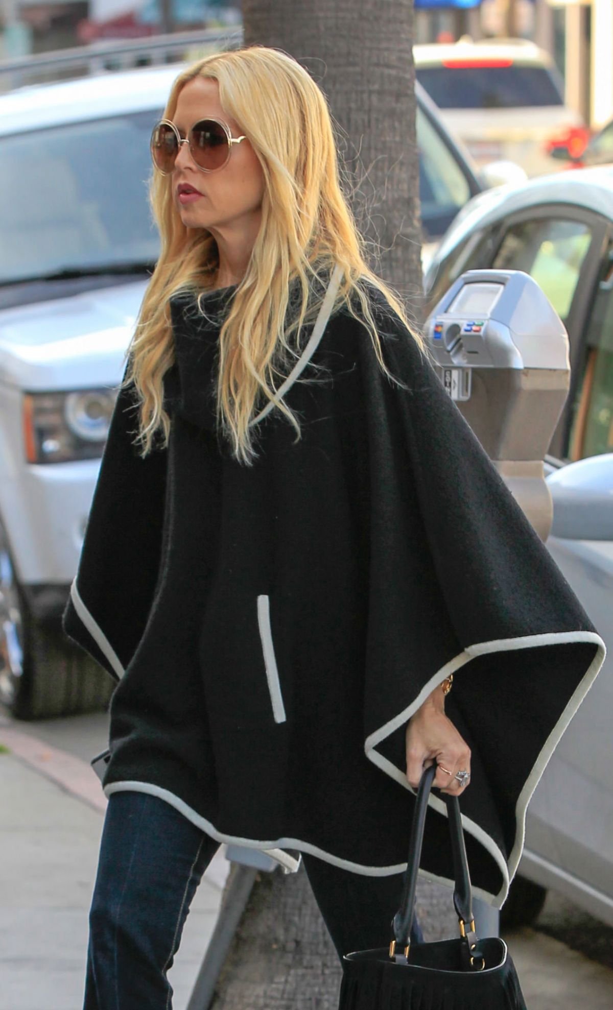 rachel zoe out and about in los angeles 01 21 2016 hawtcelebs. Black Bedroom Furniture Sets. Home Design Ideas