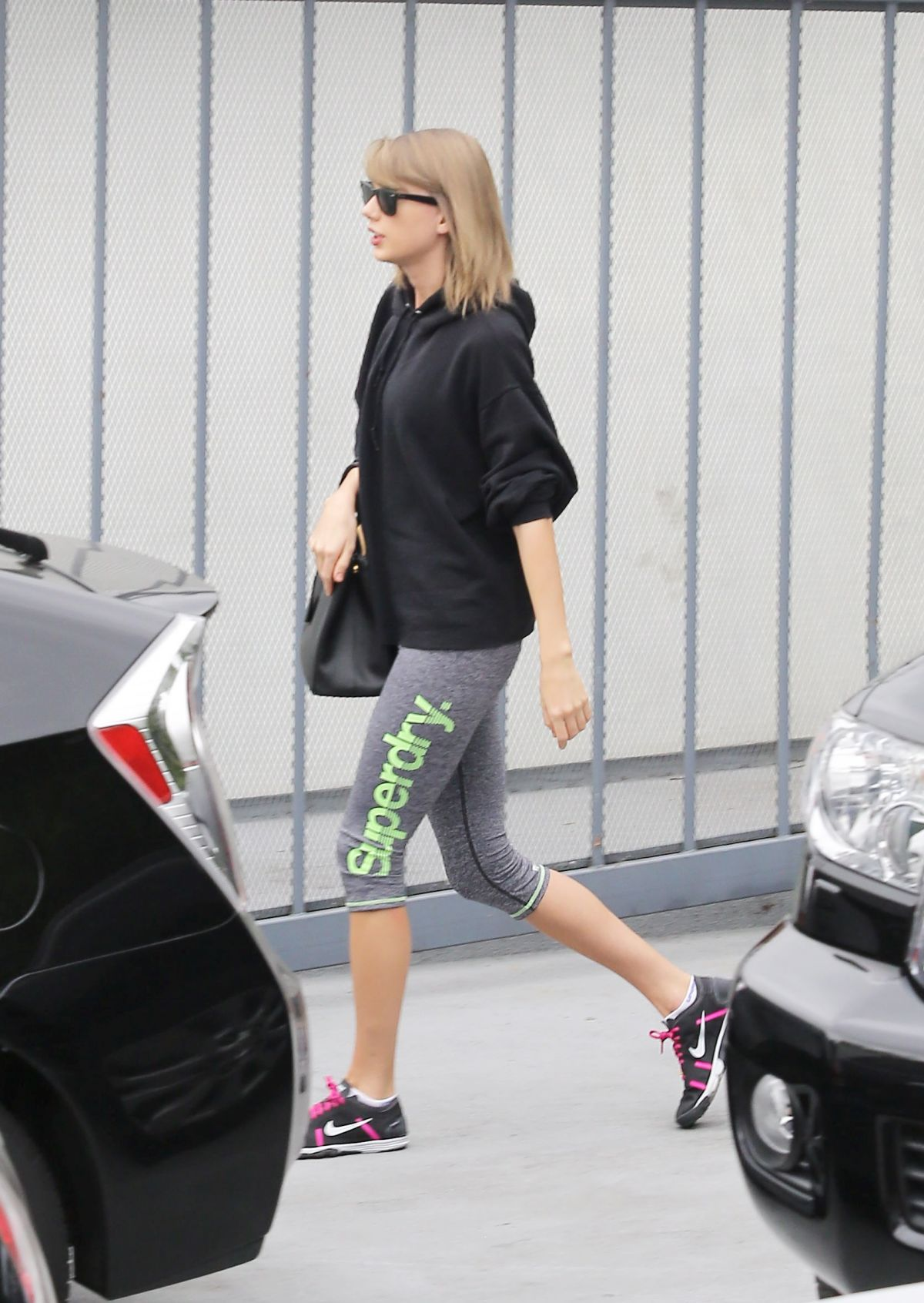 SELENA GOMEZ and TAYLOR SWIFT Leaves a Gym in Los Angeles ... Selena Gomez Gym