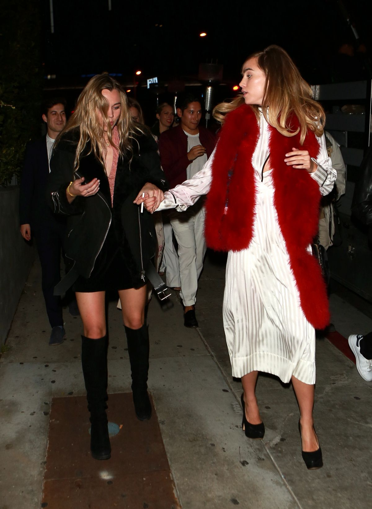 SUKI and IMMY WATERHOUSE at Boa Steakhouse in West Hollywood 01/08/2016