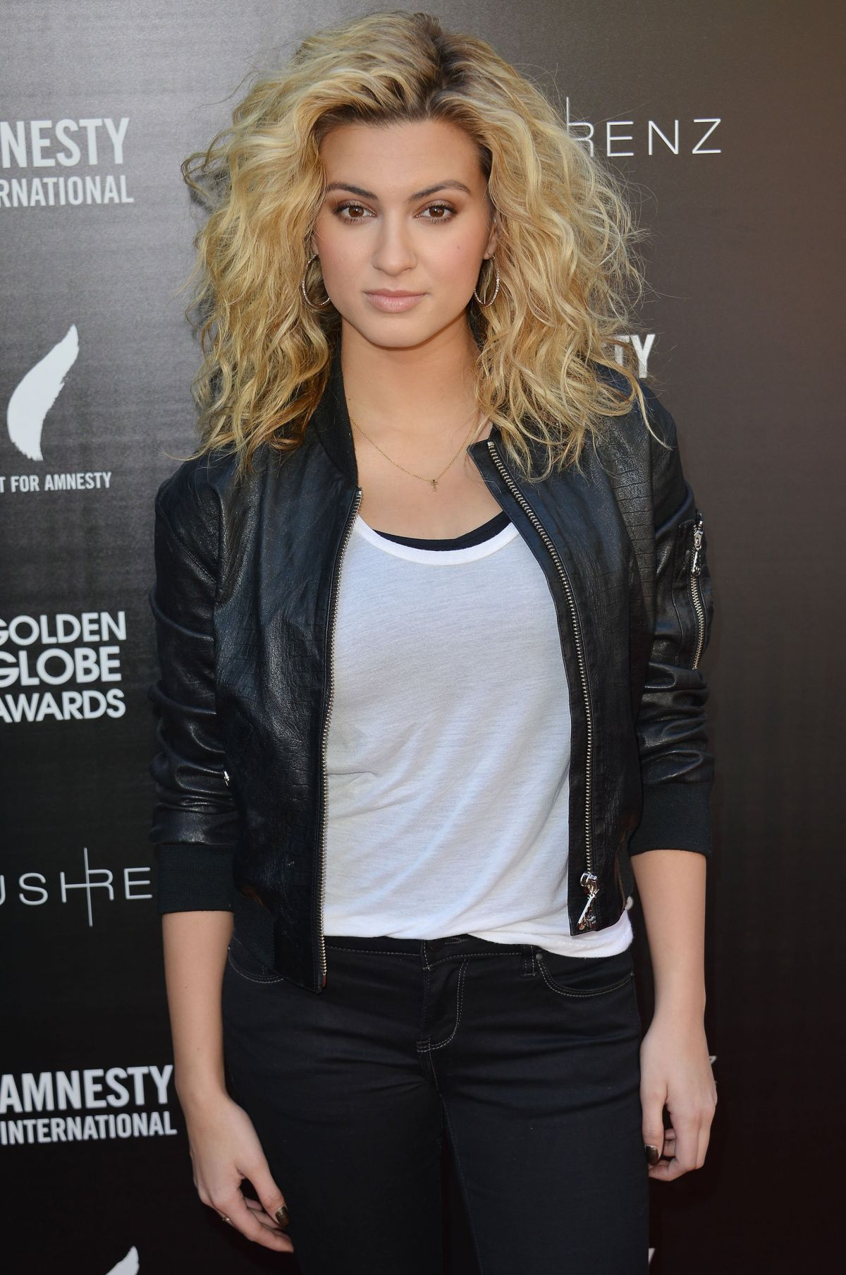 TORI KELLY at Inaugural Art for Amnesty Pre-golden Globes Recognition Brunch in Los Angeles 01/08/2016