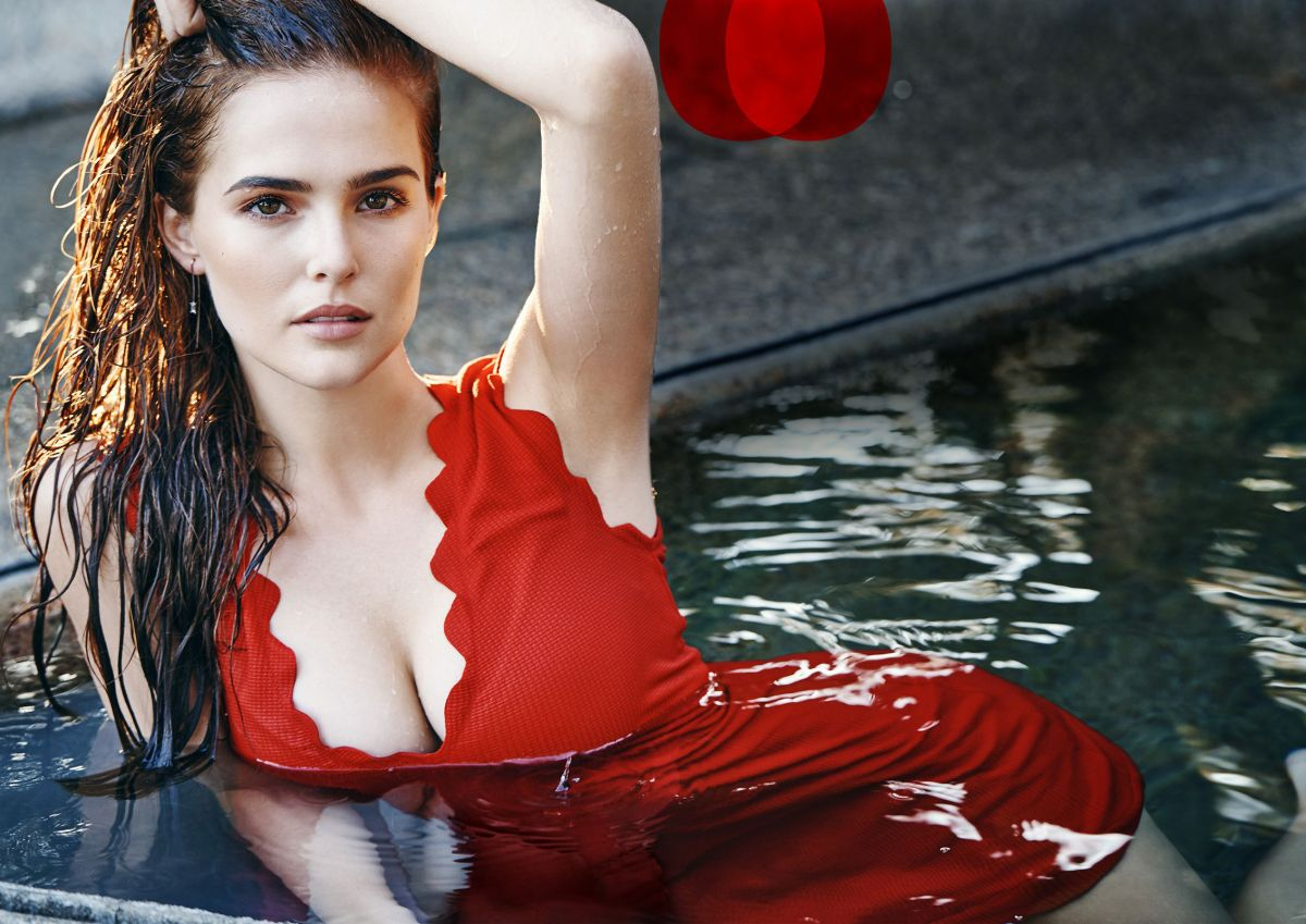ZOEY DEUTCH in Cosmopolitan Magazine, February 2016 Issue