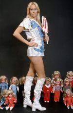 AGNETHA FALTSKOG (ABBA) - Lollipop 1970 Photoshoot
