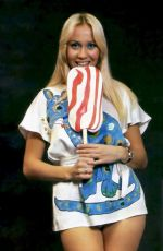 AGNETHA FALTSKOG (ABBA) - Lollipop 1970 Photoshoot