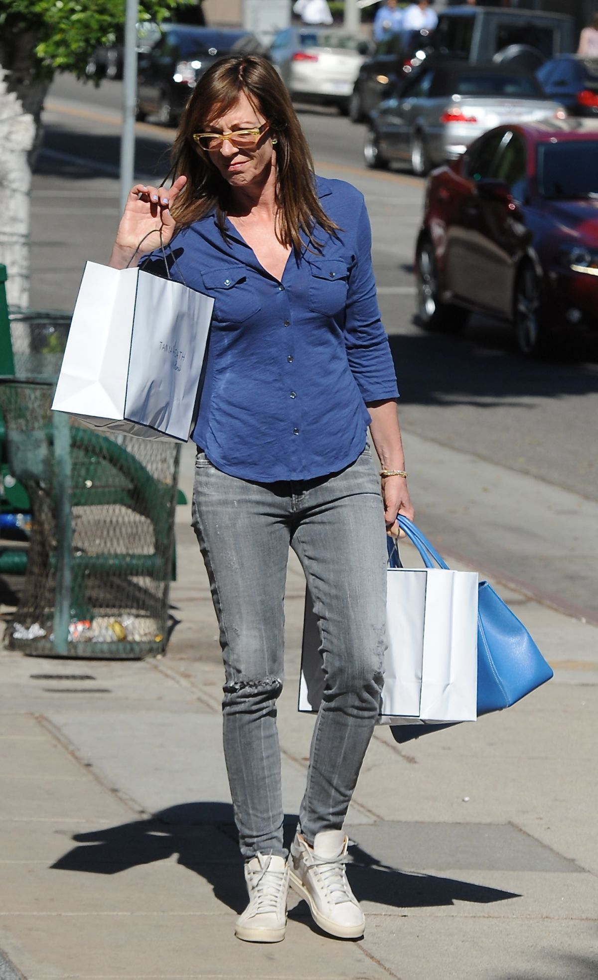ALLISON JANNEY Out Shopping on Robertson Blvd in Los Angeles 02/11/2016