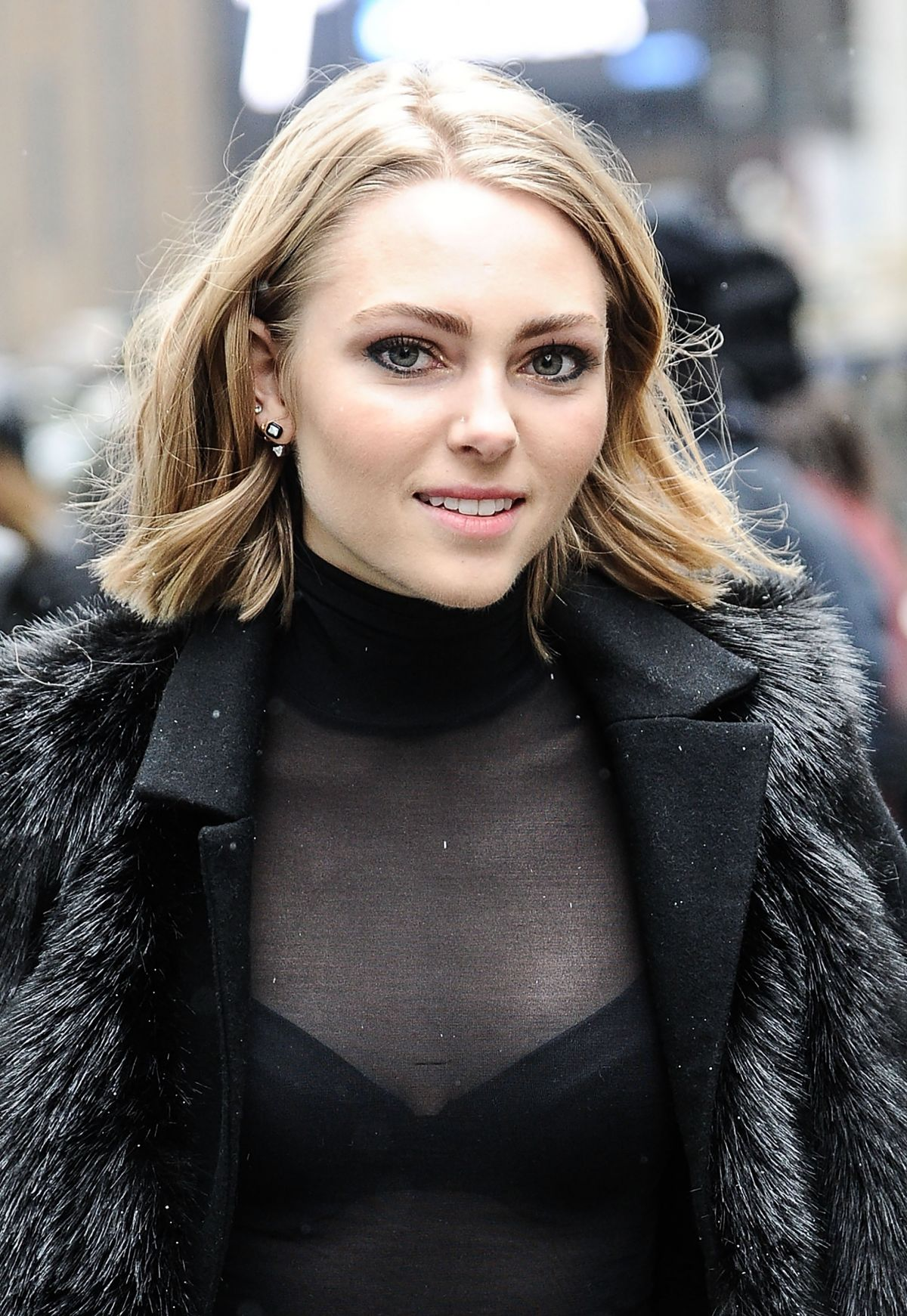 Annasophia Robb Out And About In New York 02 15 2016