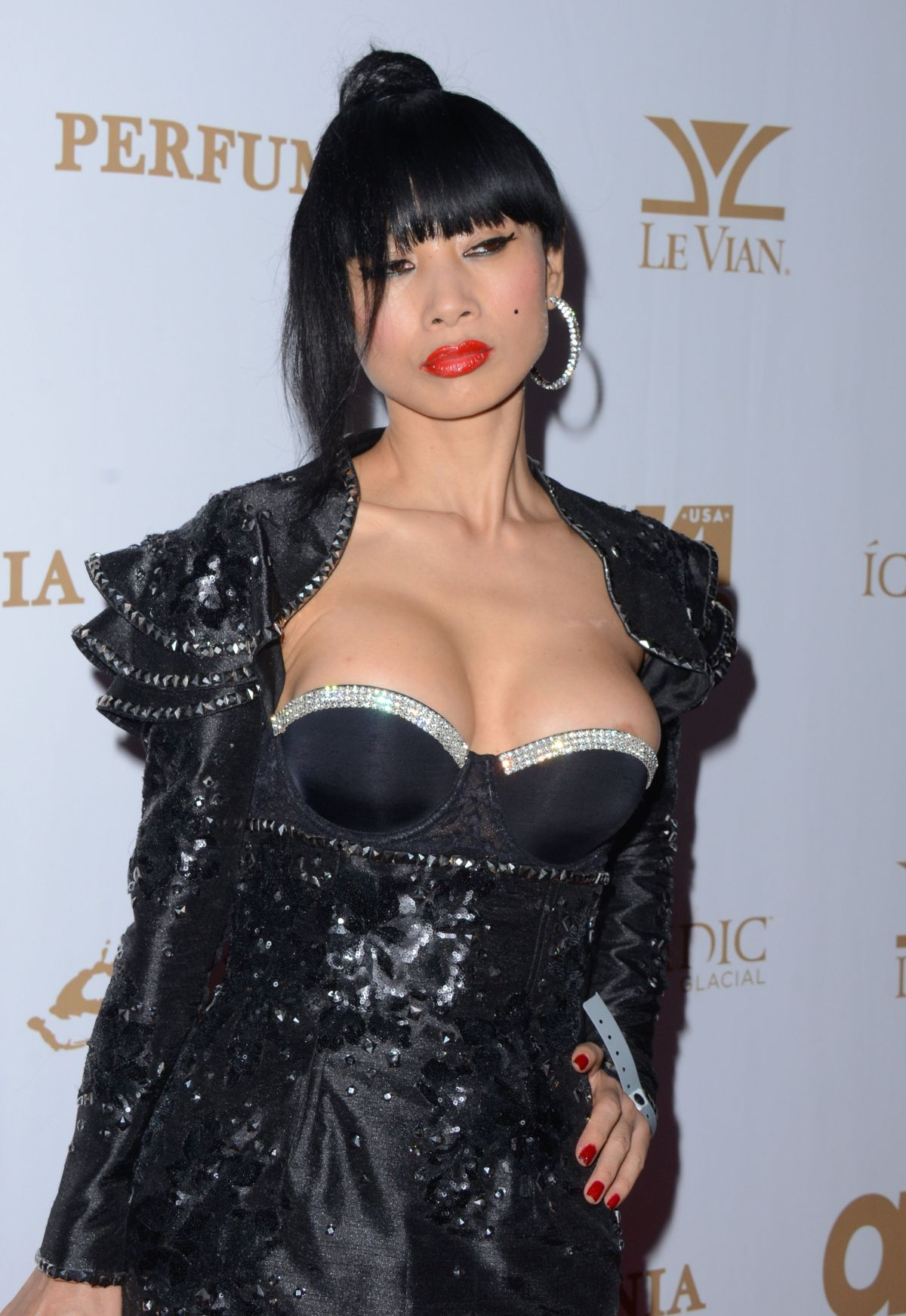 BAI LING ay OK! Magazine's Pre-grammy Party in Hollywood ...