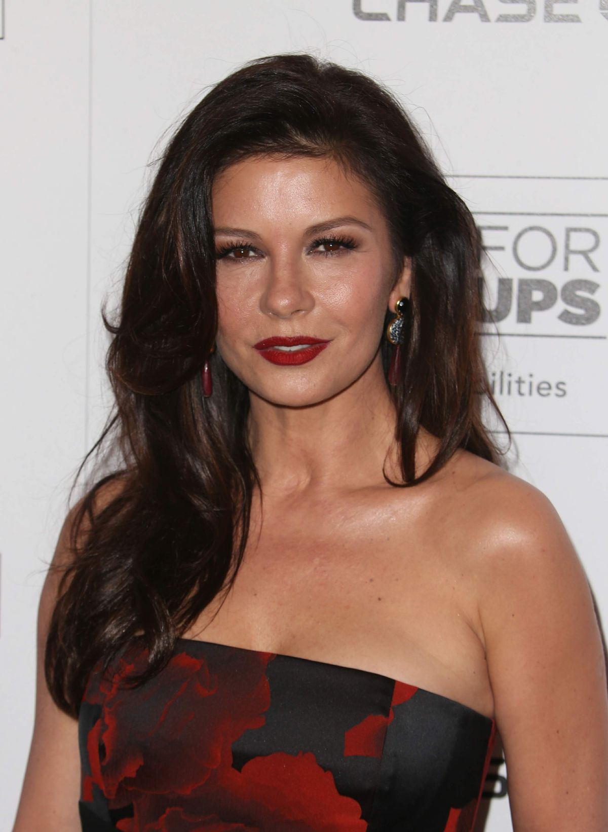 CATHERINE ZETA JONES at 15th Annual Movies for Grownups ... Catherine Zeta Jones