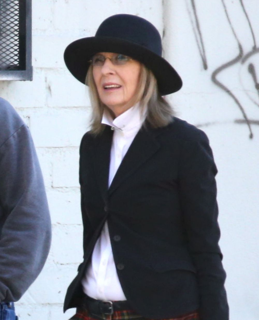 DIANE KEATON Out and About in Los Angeles 02/08/2016