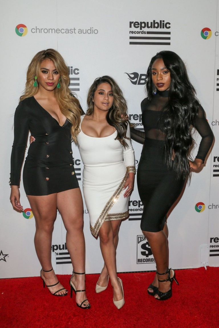 ¿Cuánto mide Dinah Jane Hansen? - Altura - Real height Dinah-jane-hansen-at-republic-records-grammy-celebration-in-west-hollywood-02-15-2016_6-768x1152