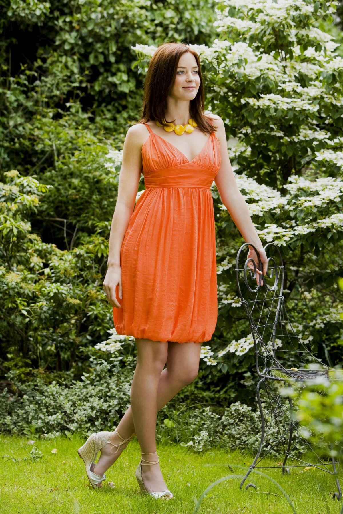 EMILY BLUNT by Alex James Photoshoot - HawtCelebs - HawtCelebs