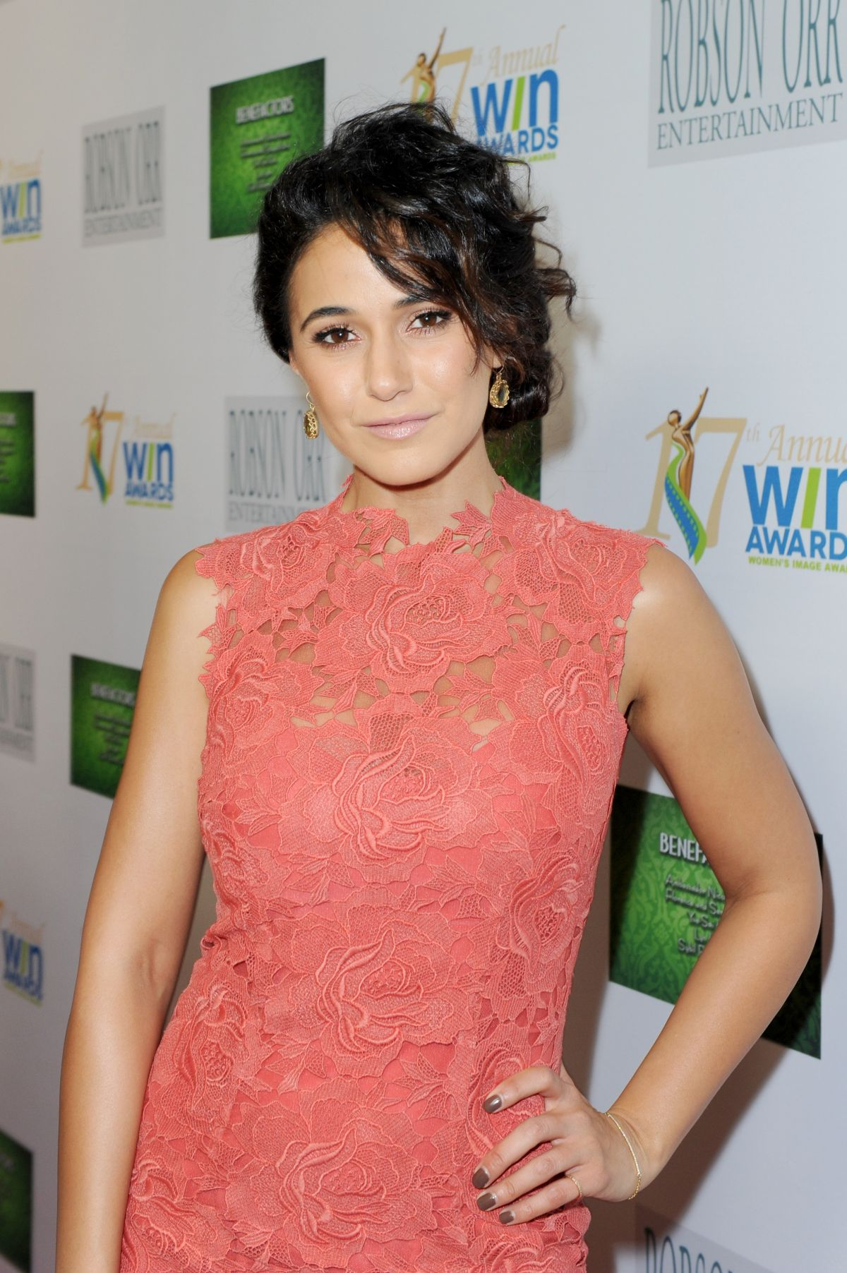 Emmanuelle chriqui women in trouble