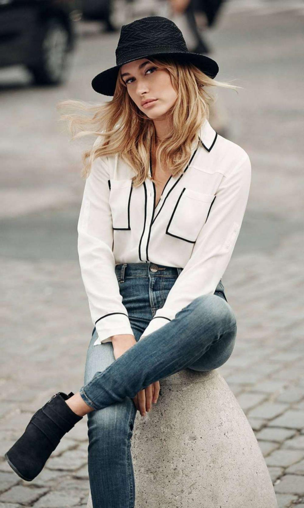 White t shirt express - Hailey Baldwin For Express T Shirt Lookbook 2016