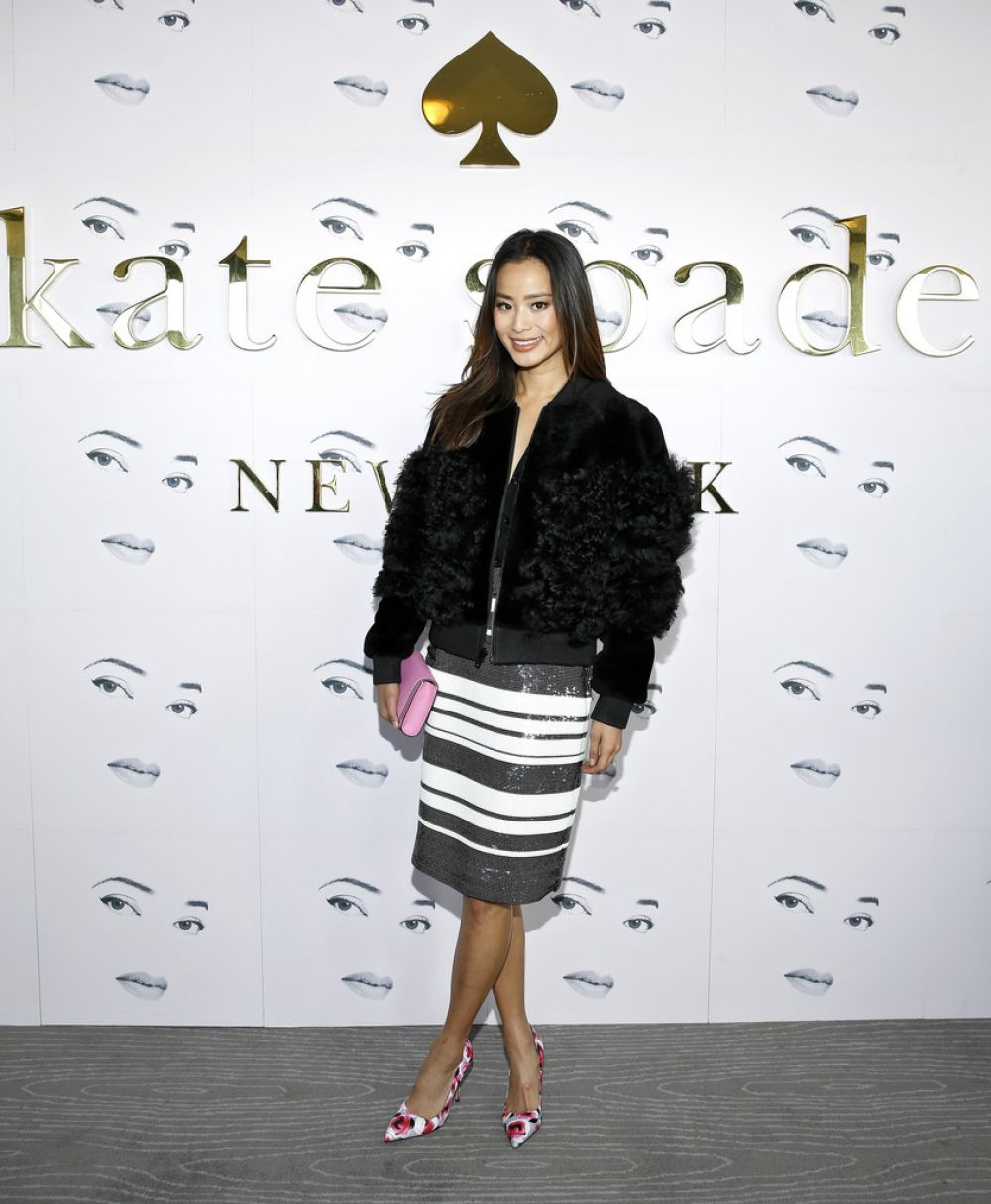 31f7efdcdecde6 jamie-chung-at-kate-spade-fall-2016-presentation-at-nyfw-in-new-york ...