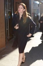 JENNIFER GARNER Out and About in New York 02/02/2016