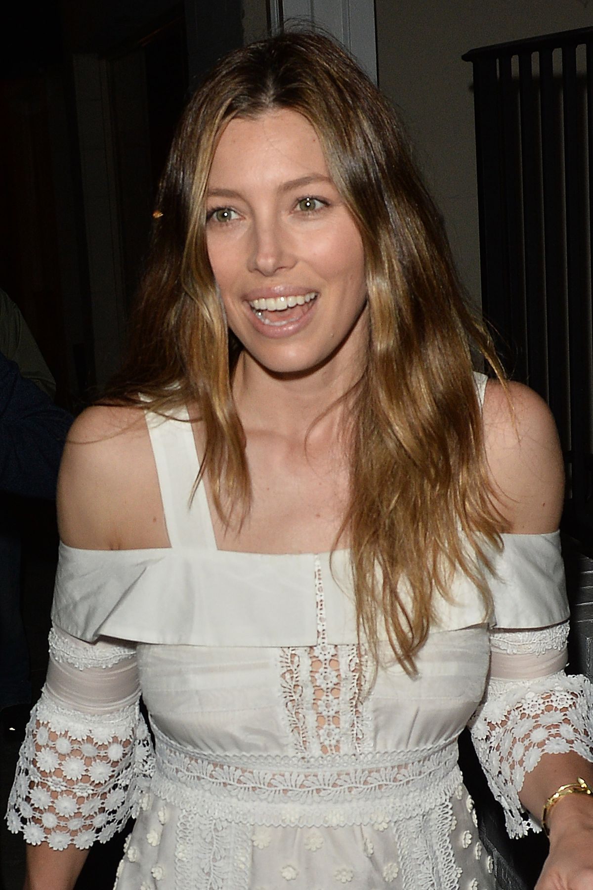 JESSICA BIEL at AU Fudge in West Hollywood 02/16/2016 - HawtCelebs ... Jessica Biel