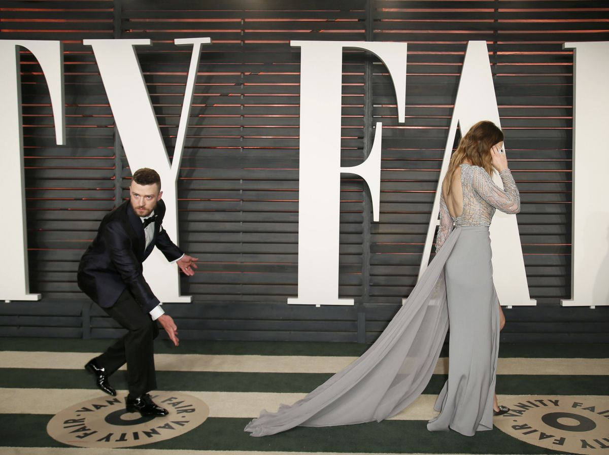 JESSICA BIEL at Vanity Fair Oscar 2016 Party in Beverly Hills 02/28/2016