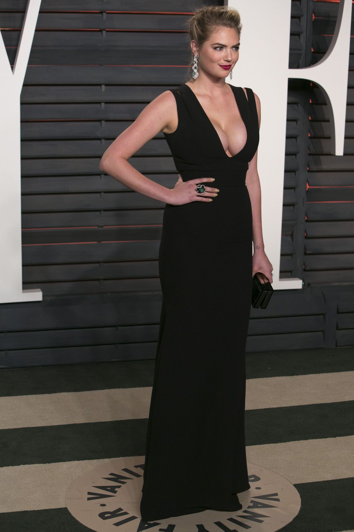 Kate Upton At Vanity Fair Oscar 2016 Party In Beverly Hills 02 28 2016 Hawtcelebs