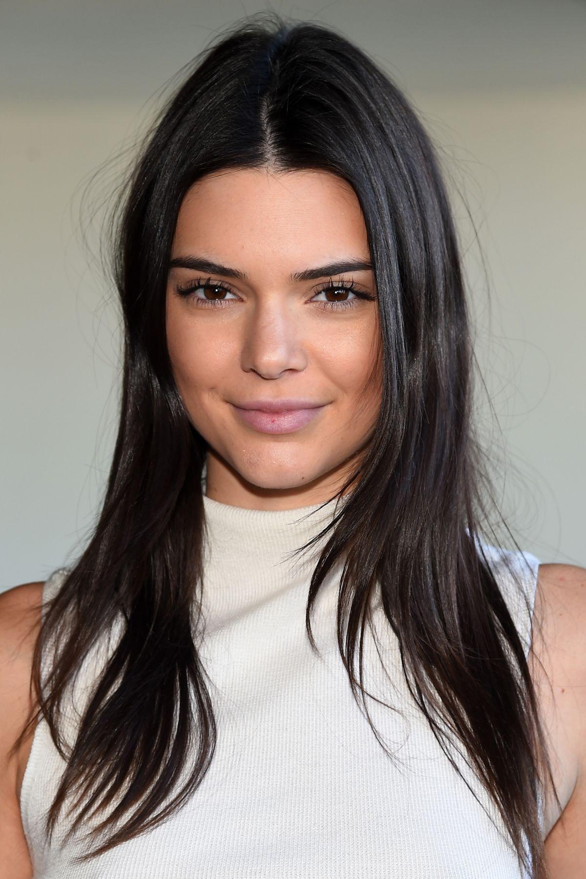 Kendall Jenner At Calvin Klein Fall 2016 Fashion Show At