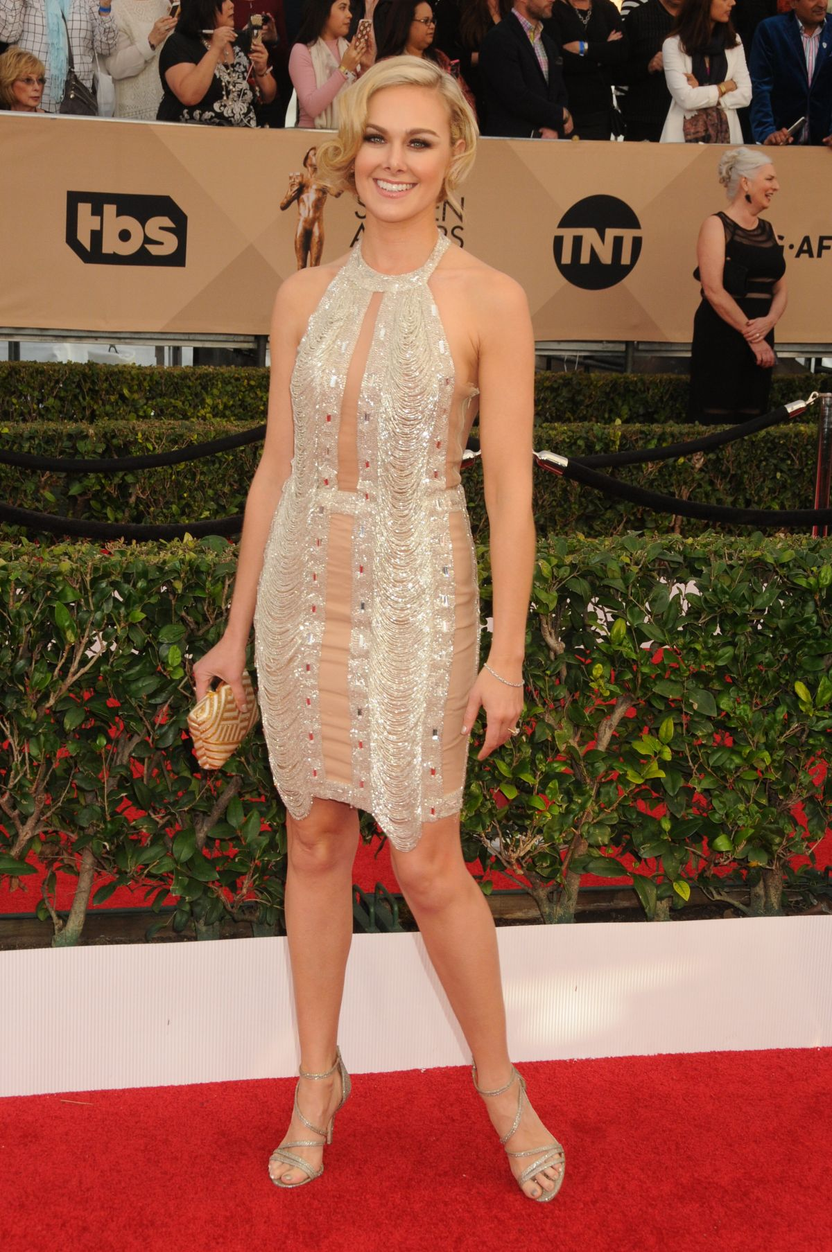 LAURA BELL BUNDY at Screen Actors Guild Awards 2016 in Los Angeles 01/30/2016