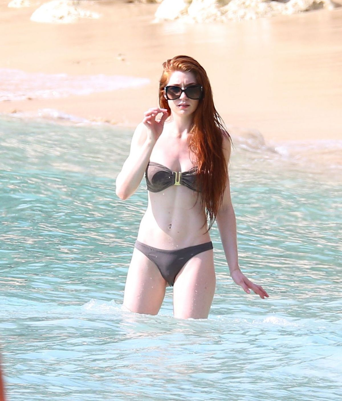 Nicola Roberts Nakked Shower Silhouette For Instagram