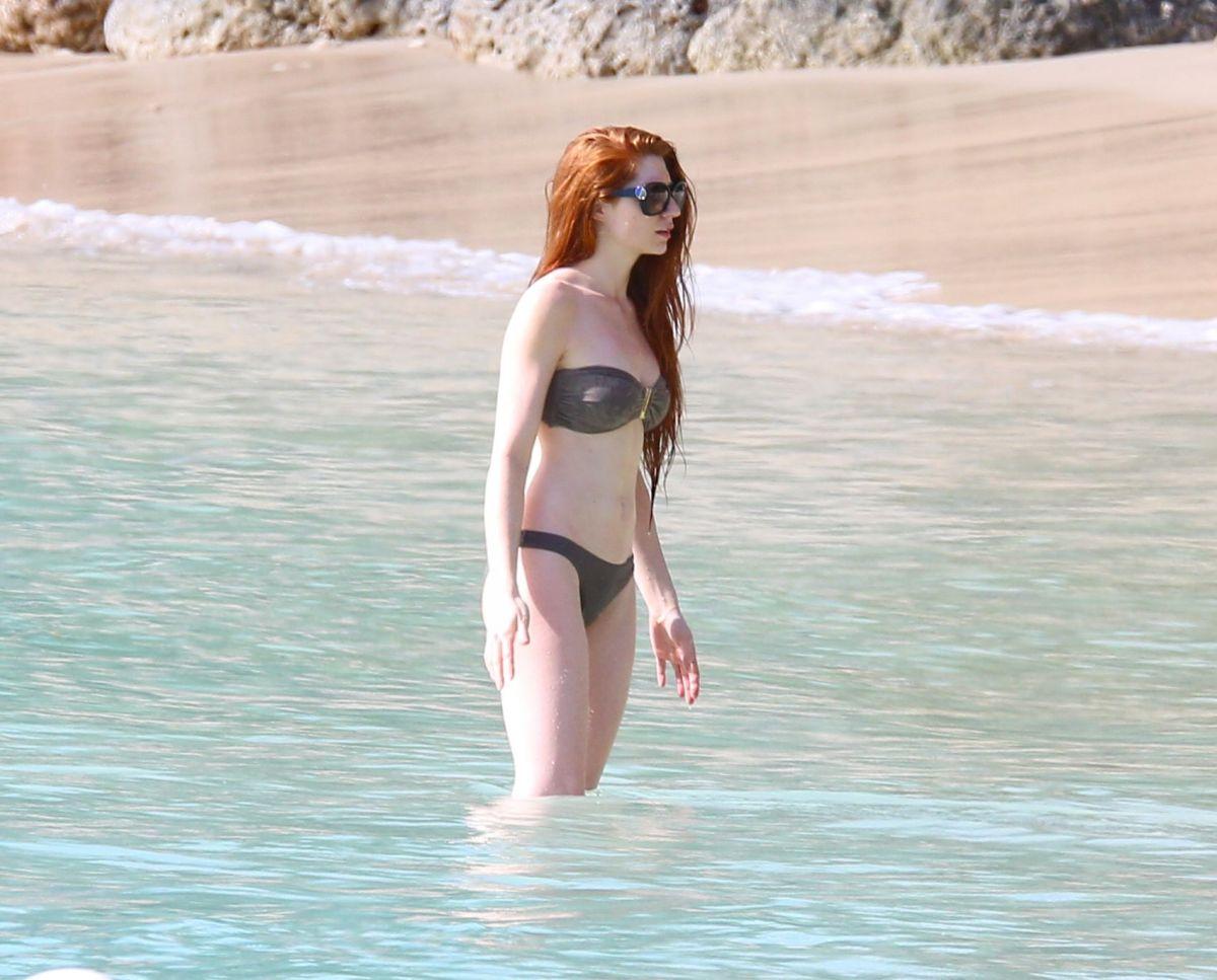 Nicola roberts bikini