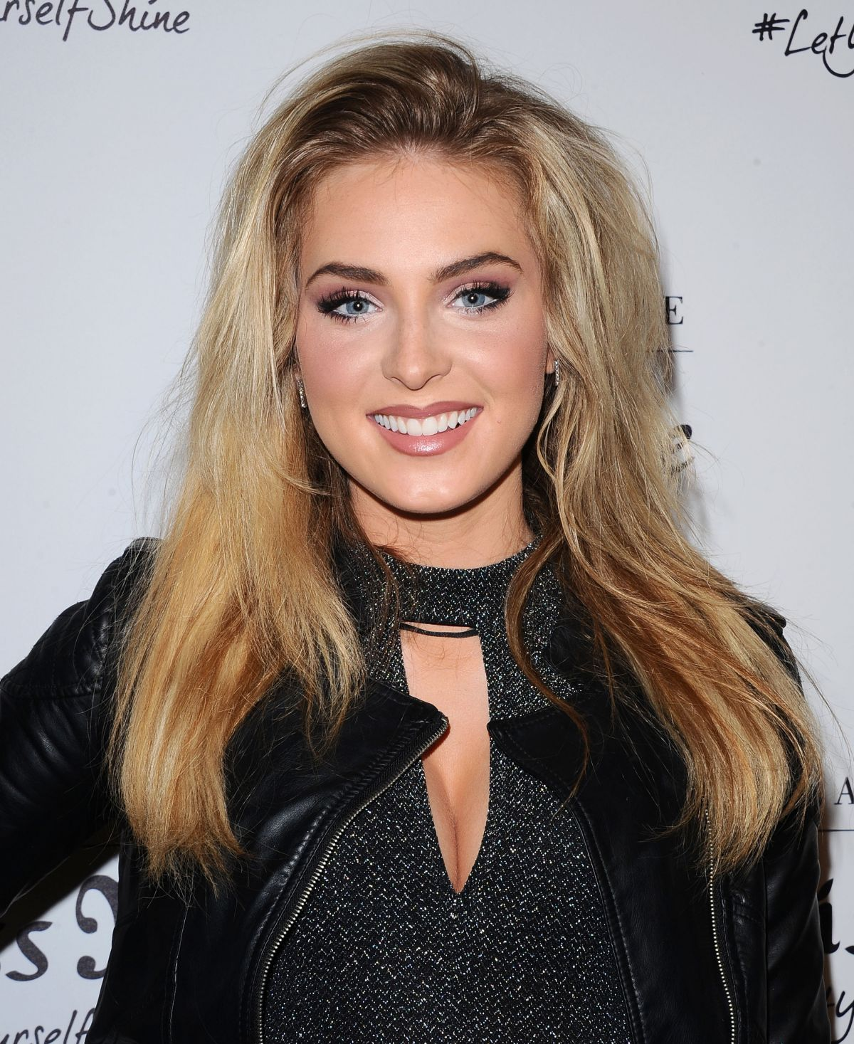 saxon sharbino the walking dead
