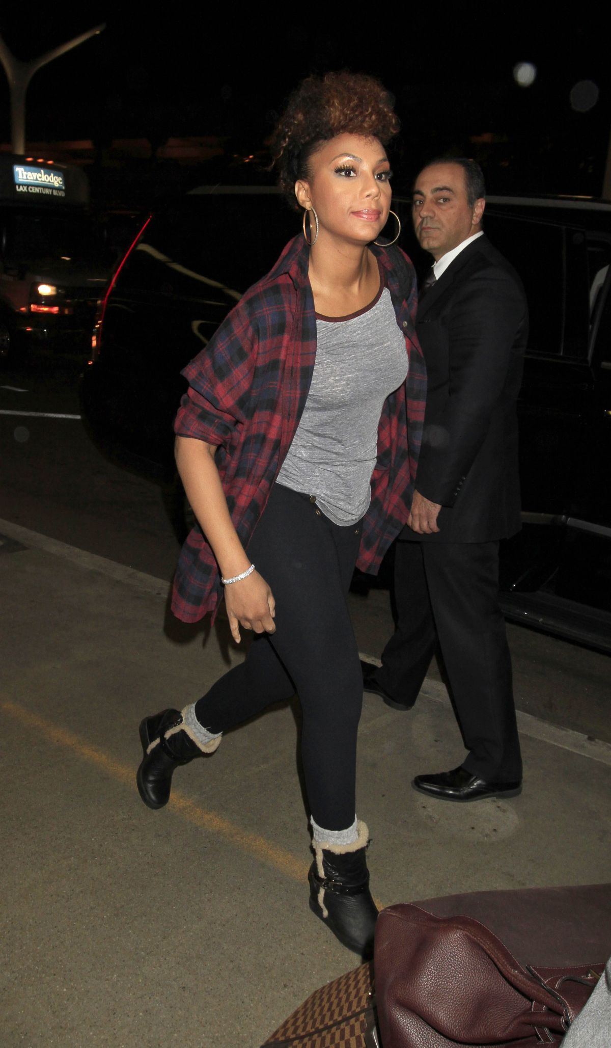 TAMAR BRAXTON Arrives at LAX Airport in Los Angeles 02/11/2016