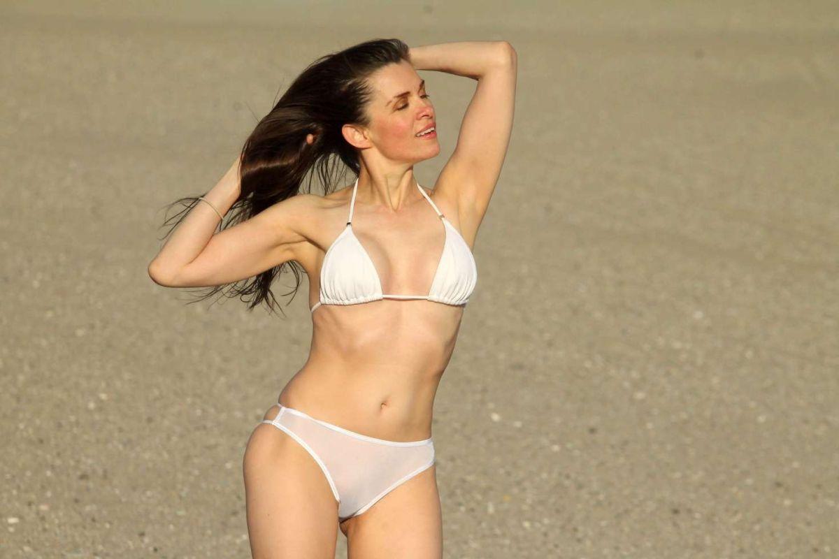 Bikini Alicia Arden nude (25 photos), Is a cute